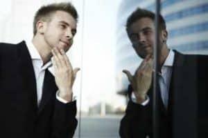 5 признака, по които ще разпознаете нарцисите